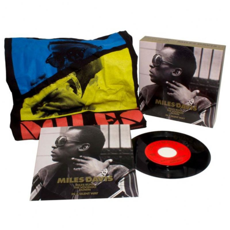 Threads+Grooves_(Miles_Davis_45`_Vinyl+TShirt]